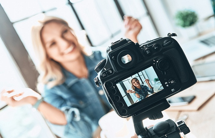 ¿Cómo y por qué combinar microinfluencers con Digital Ads en tu estrategia de Marketing de contenidos?